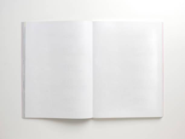 Mock-up Magazine, Buch oder einen Katalog auf weißem Hintergrund. – Foto