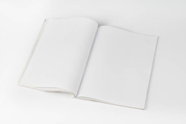 Mock-up Zeitschriften oder Katalog auf weißen Tisch Hintergrund. – Foto
