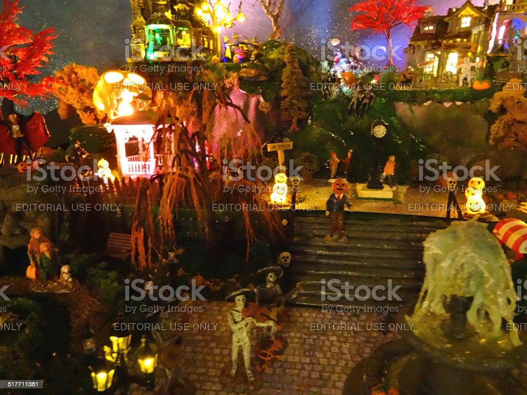 haunted house lighting. Model Halloween Spooky Town / Village, Haunted-house, Coloured Lights,  Night, Haunted House Lighting