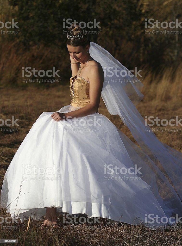 Modella in abito da sposa foto stock royalty-free