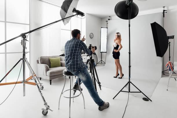 Model posing for a photo shoot picture id867043508?b=1&k=6&m=867043508&s=612x612&w=0&h=d 5  0ua rljleku5qbfam0 rzebxshturnrrk3q8k4=