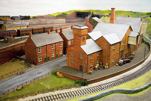 model railroad depot, waren - modellbahnanlagen stock-fotos und bilder