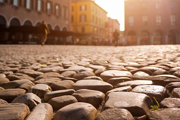 Modena, italienischen Stadt bei Sonnenuntergang – Foto
