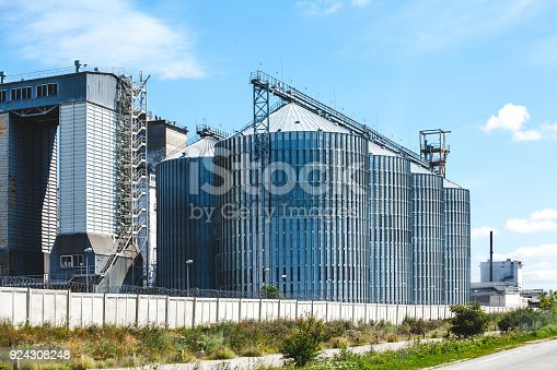 istock Modern agrarian processing complex 924308248
