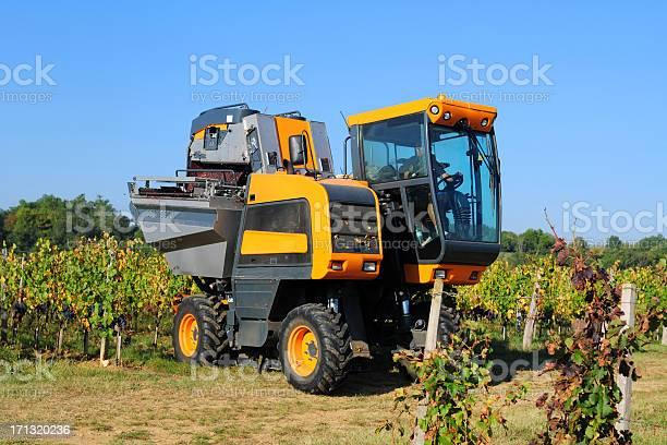 Moderne Landwirtschaftxl Stockfoto und mehr Bilder von Agrarbetrieb