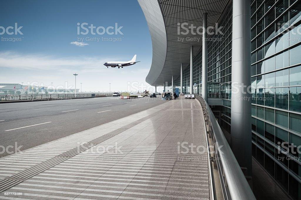 modern airport outside – Foto