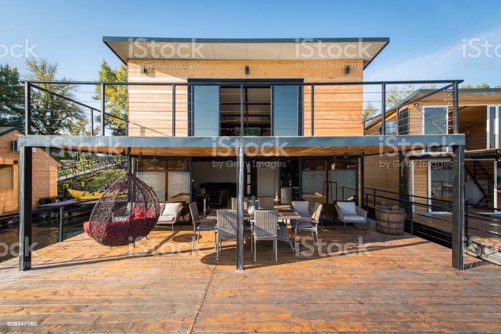 Casa Moderna Y De Lujo Por El Río Cabaña De Madera Con