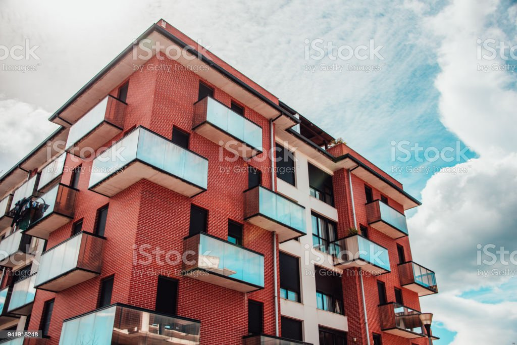 Modern apartment building - foto stock