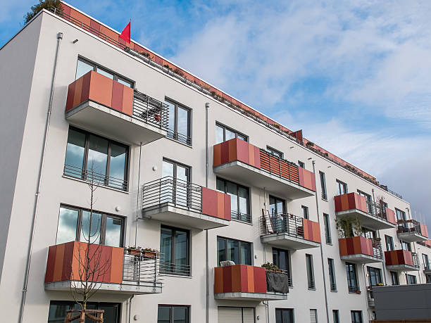 Immeuble moderne avec leurs balcons - Photo