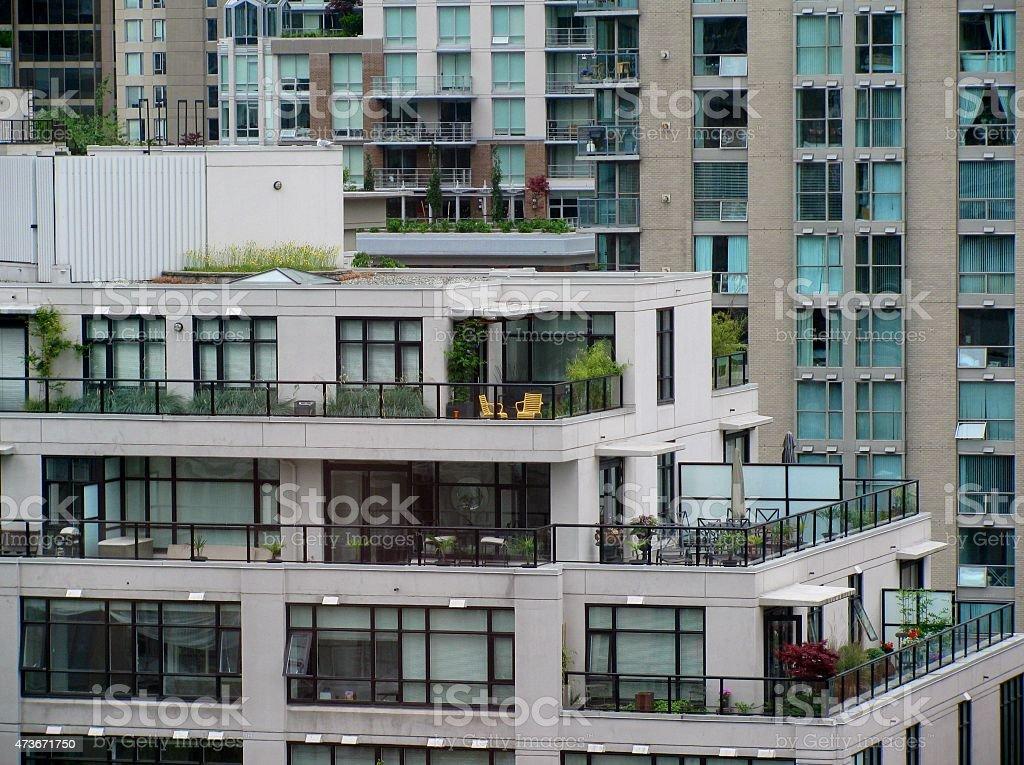 Edifícios de apartamentos modernos - foto de acervo