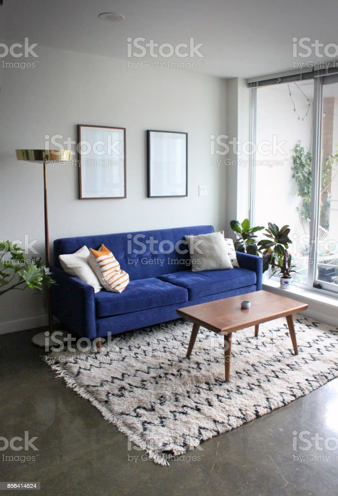 Beton, Couchtisch, Designer Einrichtung, Fenster, Hausdekor. Modernes  Apartment Mit Minimalistischen Mitte Jahrhundert Moderne ...