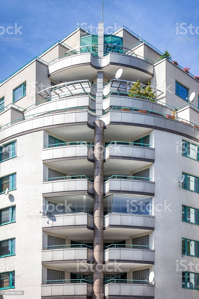 Apartamentos modernos arquitetura, Varsóvia - foto de acervo