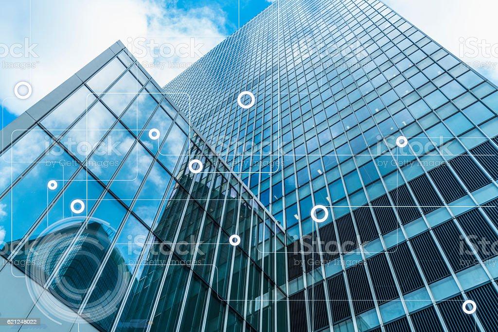 modern architecture and wireless communication network - foto de acervo