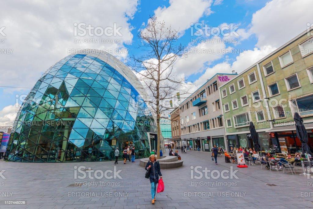 アイントホーフェンオランダの都市の近代建築 - アイントホーフェンの ...