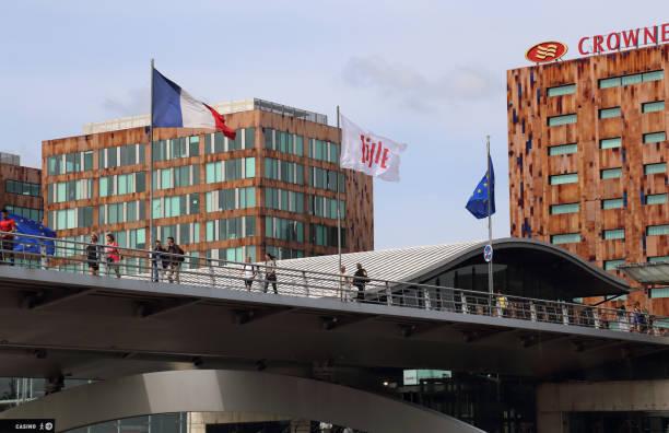 Moderne Architektur des Bahnhofs Lille Europe, Frankreich – Foto