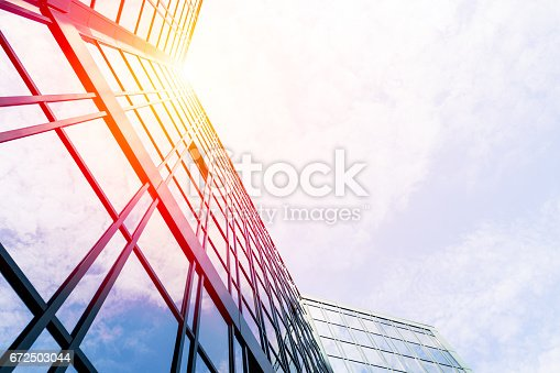 647236352 istock photo Modern architecture 672503044
