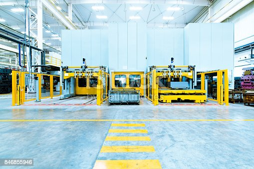 849023956istockphoto modern automated assembly line for cars 846855946
