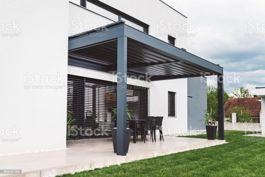 Moderne Hinterhof In Den Vororten Stockfoto Und Mehr Bilder