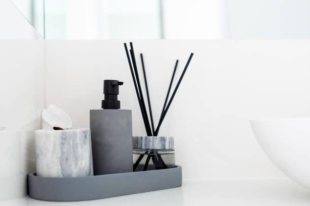 modernes bad detail - inneneinrichtungen - badmöbel gäste wc stock-fotos und bilder