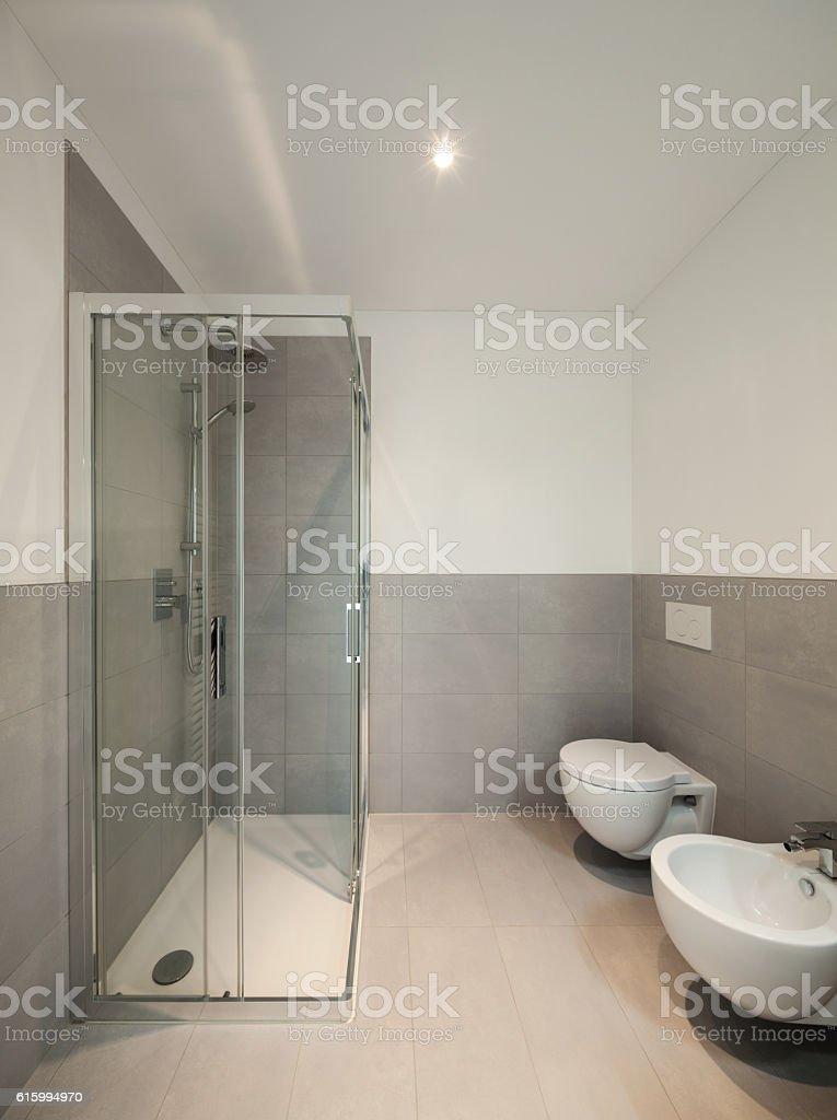 Modern bathroom of a new apartment - foto de acervo