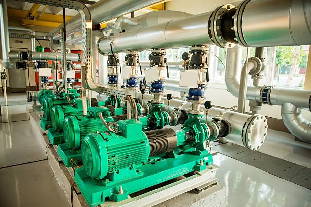 modern boiler room equipment- high power  burner - industriële apparatuur stockfoto's en -beelden