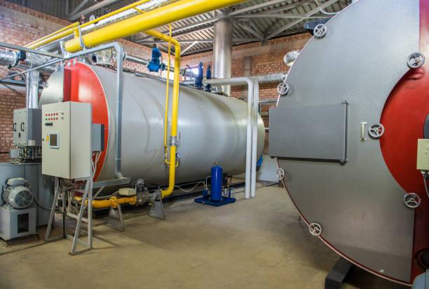 moderne heizraum - boiler stock-fotos und bilder