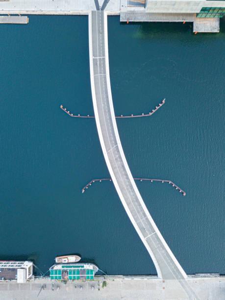 modern bridge lille langebro i köpenhamn, danmark - drone copenhagen bildbanksfoton och bilder