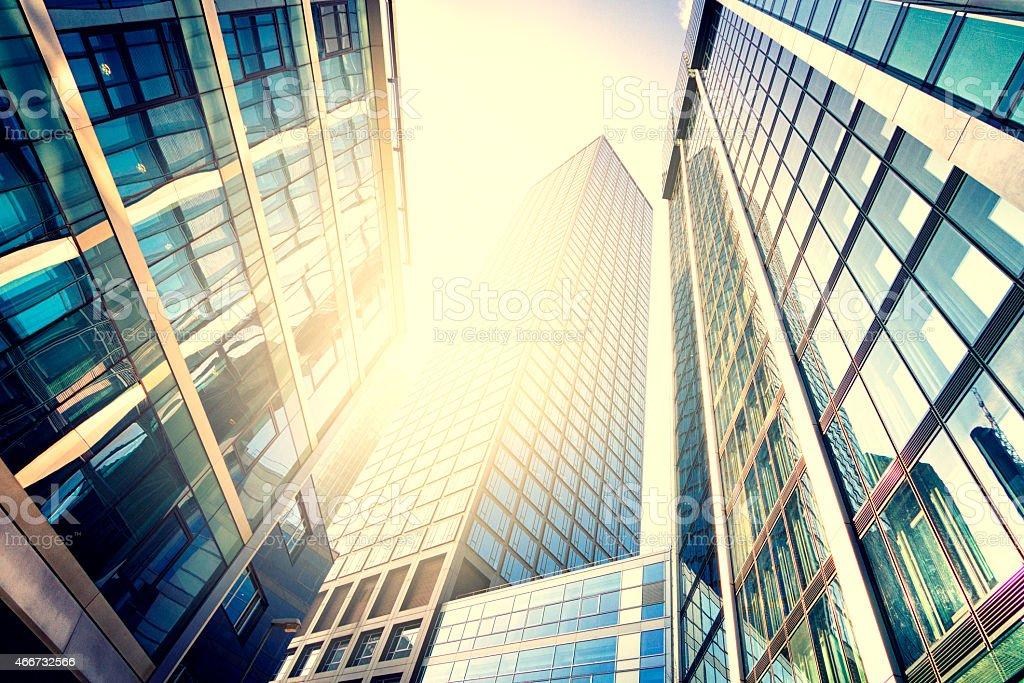 Moderne Gebäude in helles Sonnenlicht - Lizenzfrei 2015 Stock-Foto