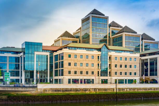 moderne Gebäude in Dublin – Foto