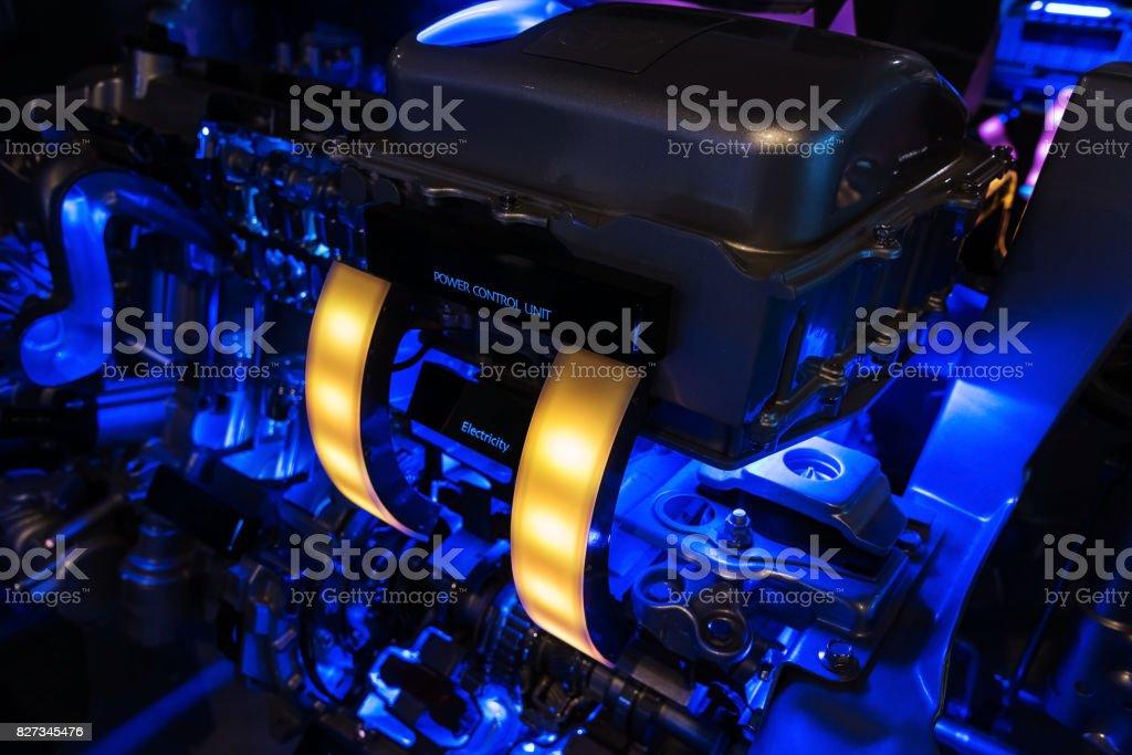 Moderne Auto Hybrid-Motor mit Abbildung Leistungsregler – Foto