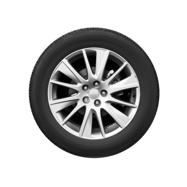 moderne auto wiel op lichtmetalen disc, vooraanzicht - tyre stockfoto's en -beelden