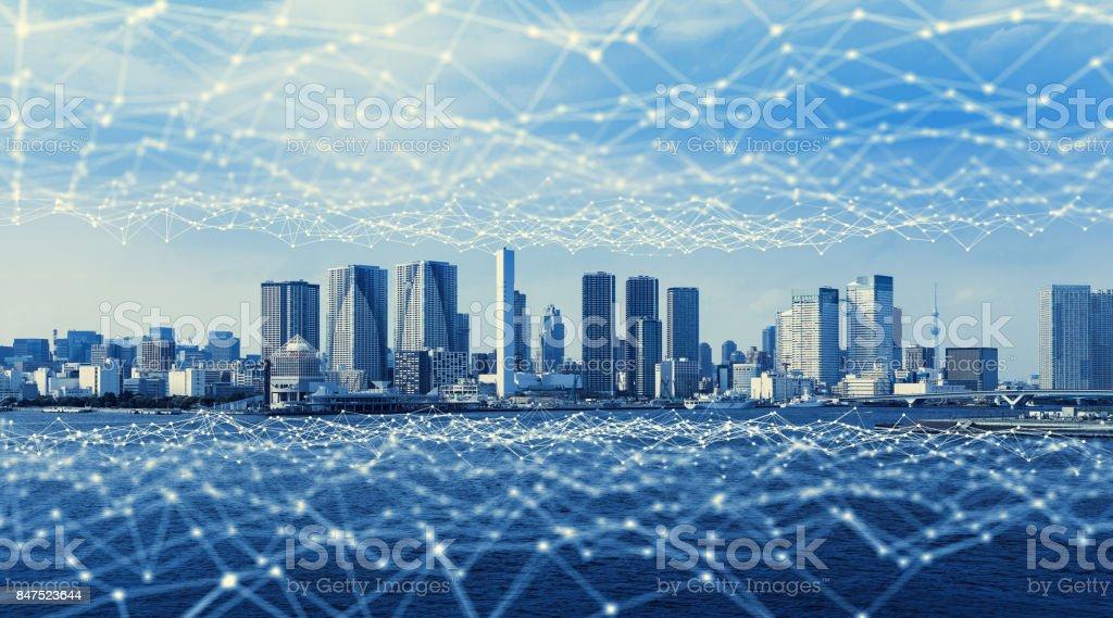 Modern city och kommunikation nätverk, Smart City. Sakernas Internet. Information kommunikationsnätet. Sensornätverk. Smart Grid. Konceptuella abstrakt. bildbanksfoto