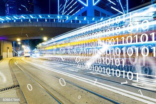 Moderne Stadt Bei Nacht Mit Technologiekonzept Stock-Fotografie und mehr Bilder von Auto