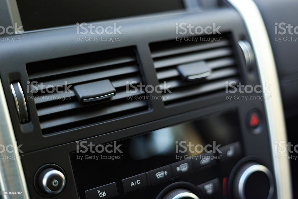 Moderne saubere Klimaanlage – Foto