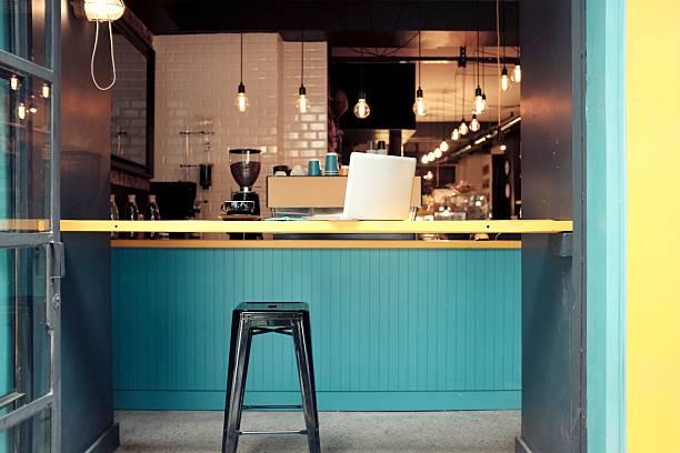 modernes café shop - kaffee shop stock-fotos und bilder