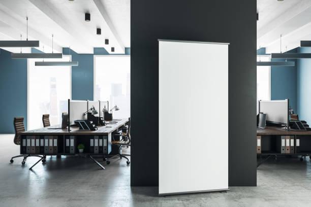 Moderne Coworking Interieur mit billboard – Foto