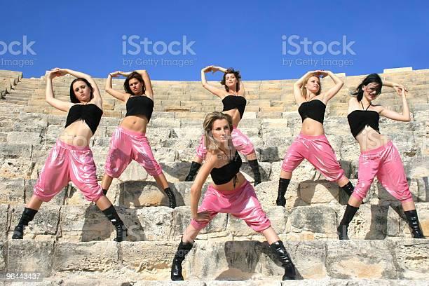Foto de Dançarinos Moderna e mais fotos de stock de Adulto