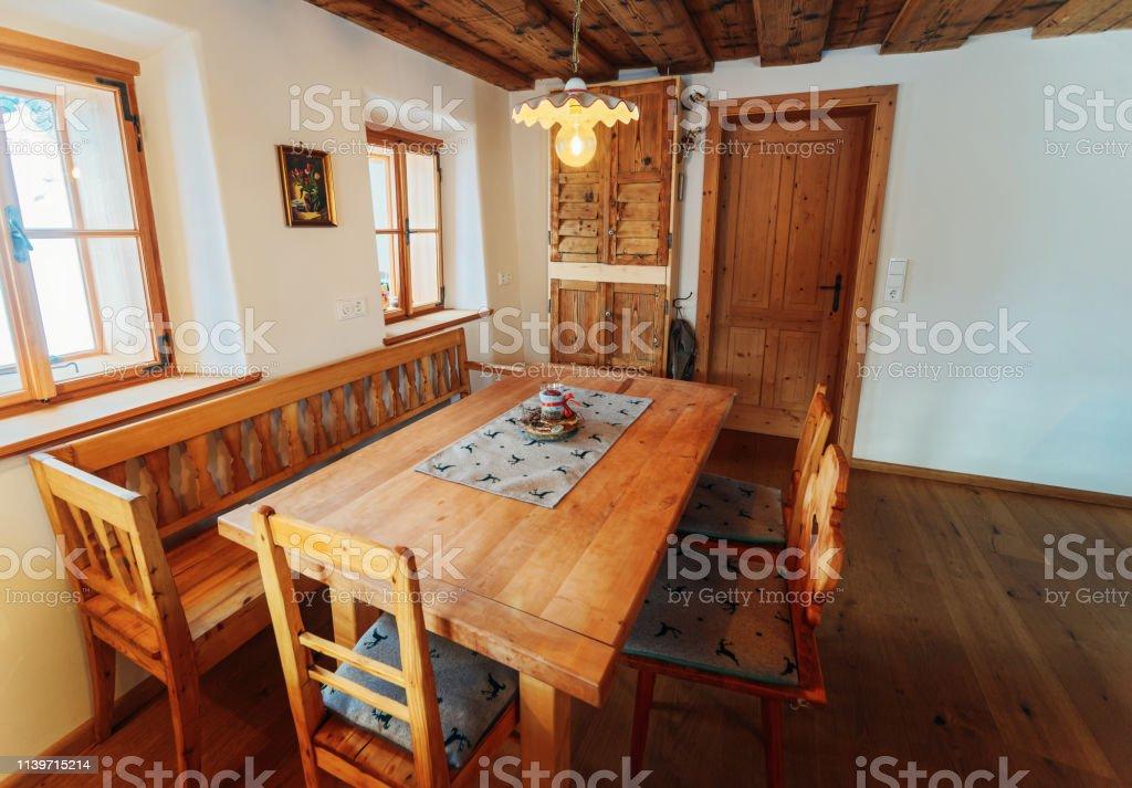 Modernes Design Von Home Holzküchen Küche Tisch Und Stühle ...