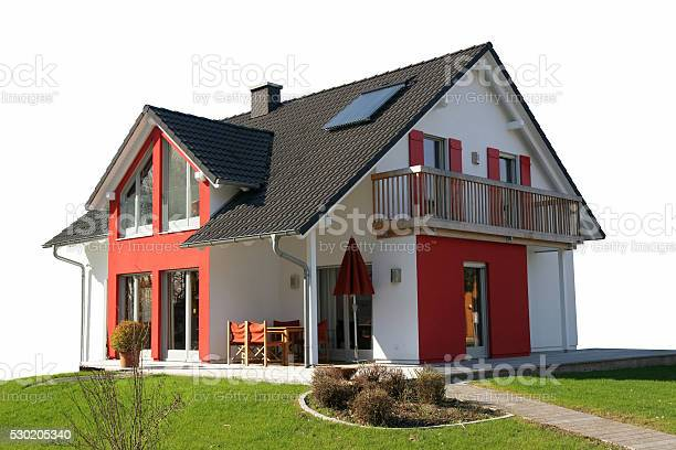 Modern detached house to be sold picture id530205340?b=1&k=6&m=530205340&s=612x612&h=ppkt9vlfthrvxaqdyqbmfbuy2hv3lo7q9zuefzs kki=
