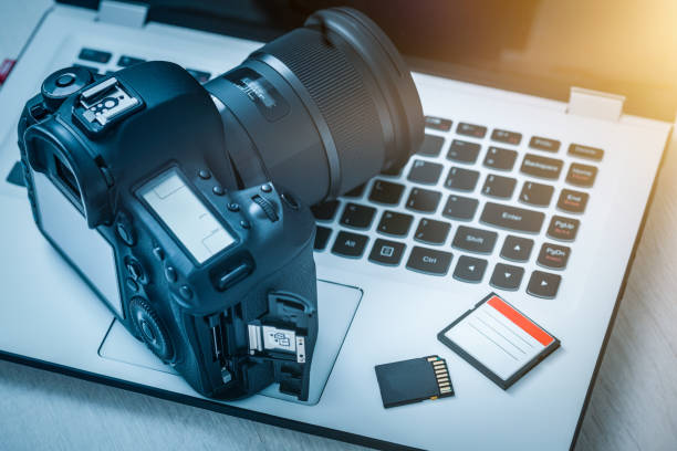modern digital dslr camera. photography concept. - memory card stock photos and pictures