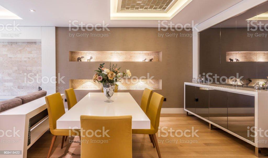 Moderne Esszimmer Stockfoto Und Mehr Bilder Von Accessoires Istock