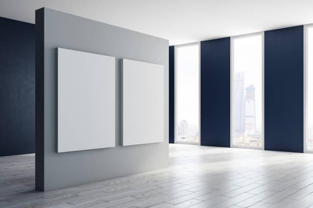 Moderne Halle mit Banner-Seite – Foto