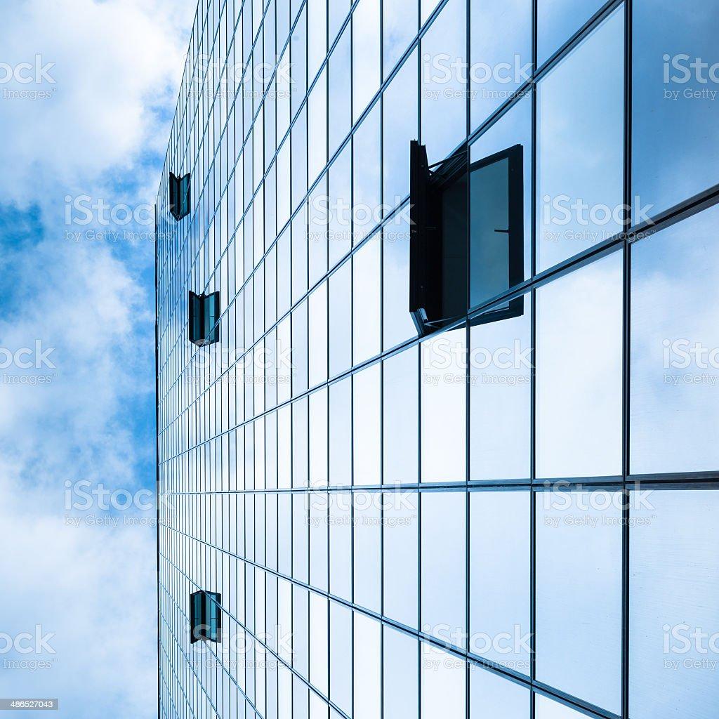 Moderne Fassade aus Glas und Stahl. Lizenzfreies stock-foto
