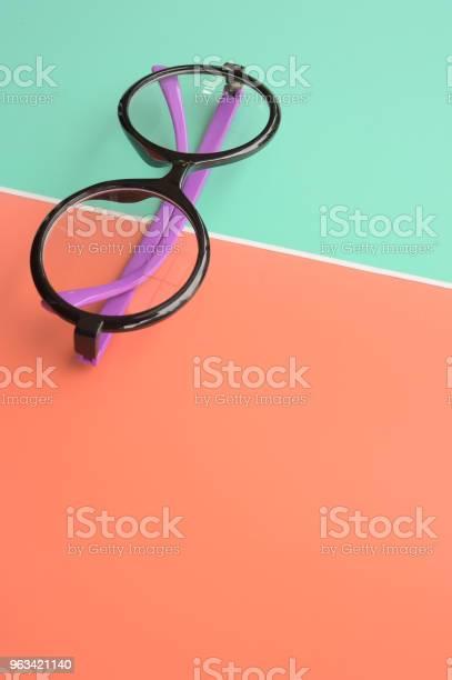 Nowoczesne Modne Okulary Przeciwsłoneczne - zdjęcia stockowe i więcej obrazów Akcesorium osobiste