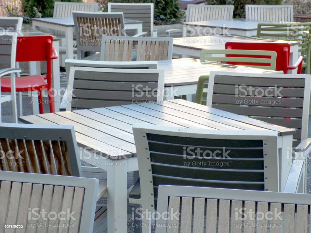 Photo Libre De Droit De Mobilier Moderne à La Terrasse Du