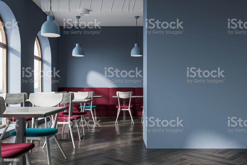 7c2ebaf2d3af Moderno café gris interior, falsa pared foto de stock libre de derechos