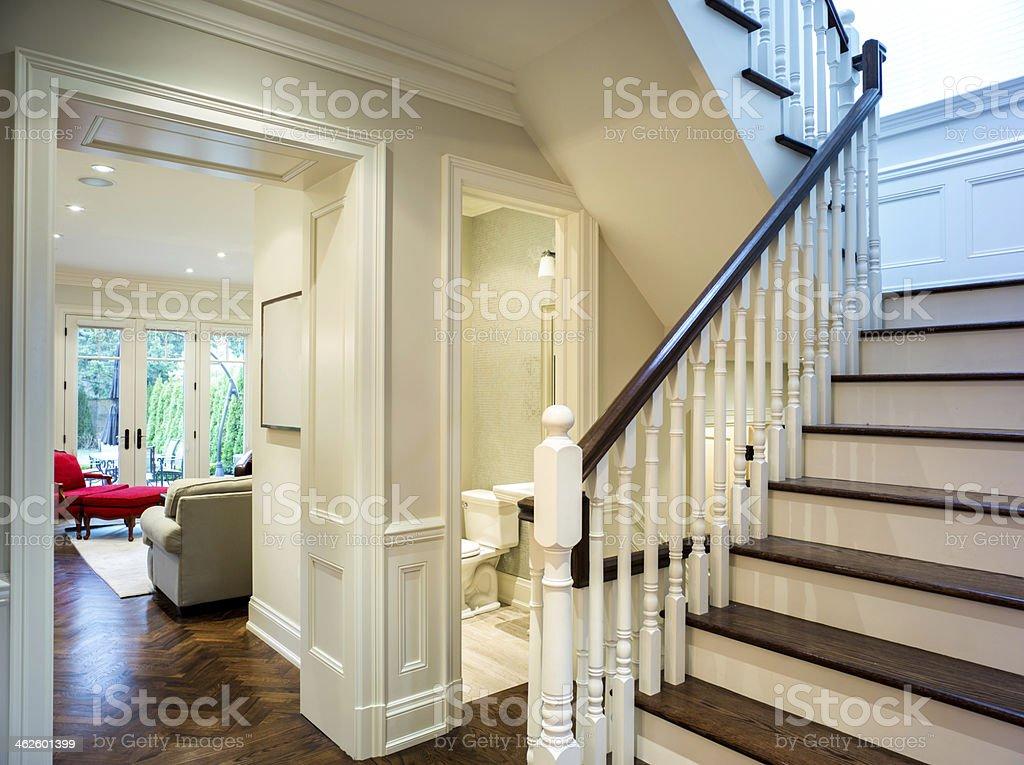 Moderner eingangsbereich innen  Moderne Eingangsbereich Innen Stock-Fotografie und mehr Bilder von ...