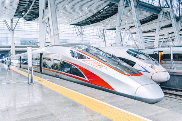 Moderne Hochgeschwindigkeitszüge in Peking, China – Foto
