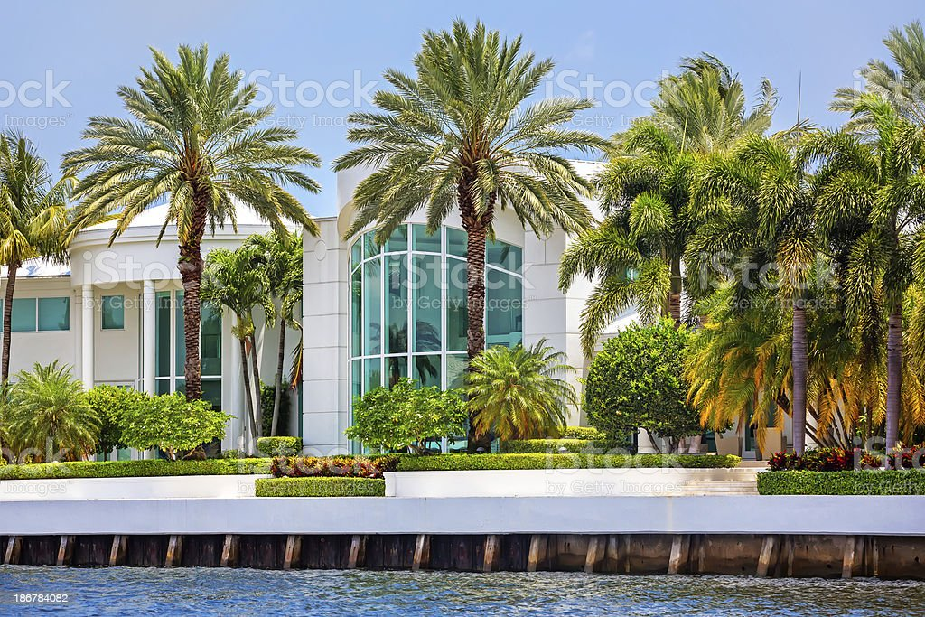 Modern home in the tropics royalty-free stock photo