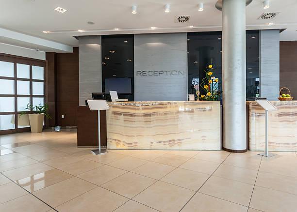 Recepção de hotel moderno - foto de acervo